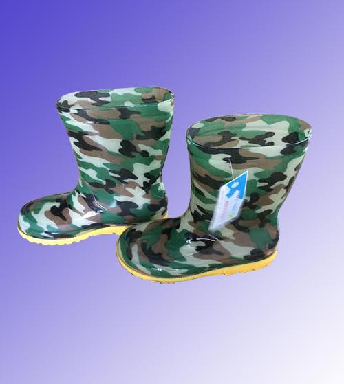 Ủng trẻ em màu rằn ri quân đội