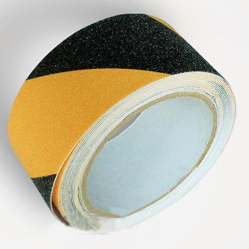 Cuộn băng dính dán sàn chống trơn trượt vàng đen 15m