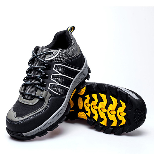 Giày bảo hộ Hunter 806 Thái Lan màu đen